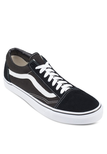 Buy VANS Core Classic Old Skool Sneakers Online on ZALORA Singapore 395a7fbf155f