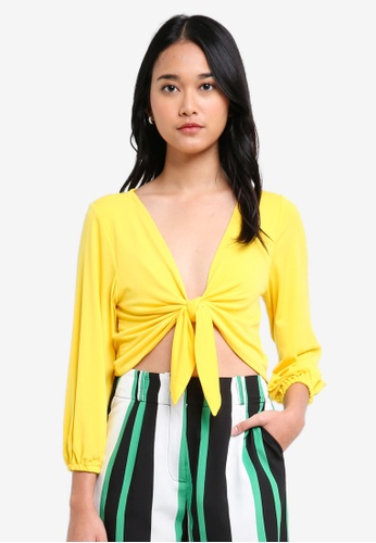TOPSHOP yellow Knot Front Crop Top FCA1FAA5BAD82EGS_1