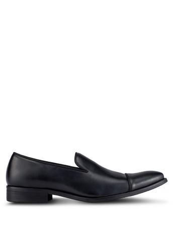 ZALORA black Basic Dress Loafers CFD76AA351D32EGS_1