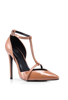0d8f49e4d2 10% OFF MISSGUIDED T Bar Court Shoes Php 2,399.00 NOW Php 2,149.00 Sizes 3  4 5 6 7