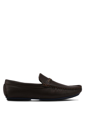 UniqTee brown Driving Moccasin With Stitched Strap 94B36SH92EF172GS_1