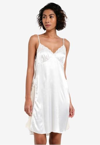 Impression white Satin Lace Nightie IM679AA0RTZGMY_1