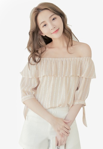 Eyescream beige Printed Off Shoulder Top FE885AA0CBC986GS_1