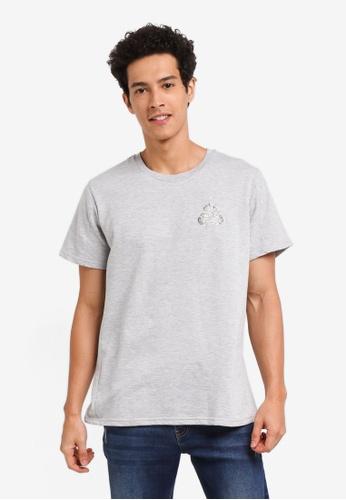 Penshoppe 灰色 休閒印花短袖T恤 C4DF4AA79DE81CGS_1