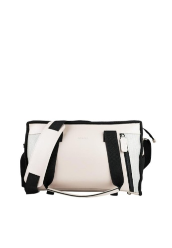 LIVLOLA black and grey Lakota Mini Sports Bag F71F1AC219897DGS_1