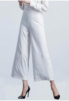 Minimalist Wide Legged Cropped Trousers