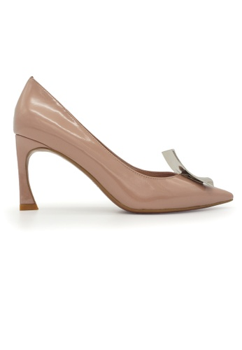 Gripz beige Cate Pointed Toe Patent Leather Heels GR357SH0F392SG_1