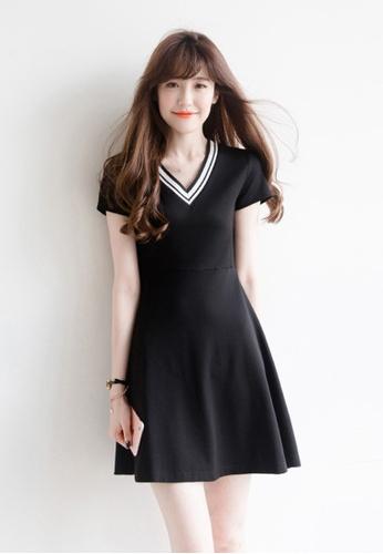 Sunnydaysweety black Simple V-neck Design Short Sleeve One-piece Dress A031701BK-0 AD923AA08C324DGS_1