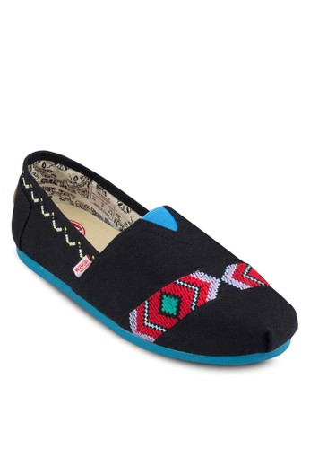 Malesprit暢貨中心inche 民族風邊飾懶人鞋, 鞋, 船型鞋