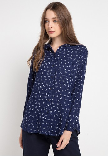 novel.mice navy Flying Letters Rayon Blouse 06EFEAA8214863GS_1