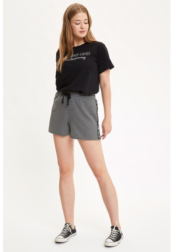 DeFacto grey Woman Knitted Short 4100BAA42EB7F6GS_1