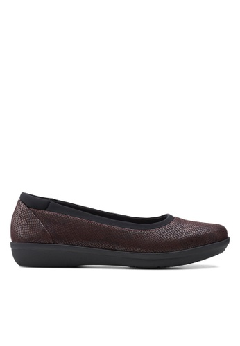Clarks CLARKS Ayla Low Burgundy Snake Print Synthetic Womens Casual Shoes 2C81CSH620AC87GS_1