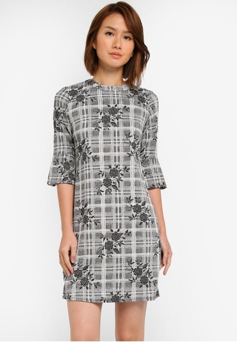 Dorothy Perkins grey Grey Floral Jacquard Shift Dress DO816AA0SJ64MY_1