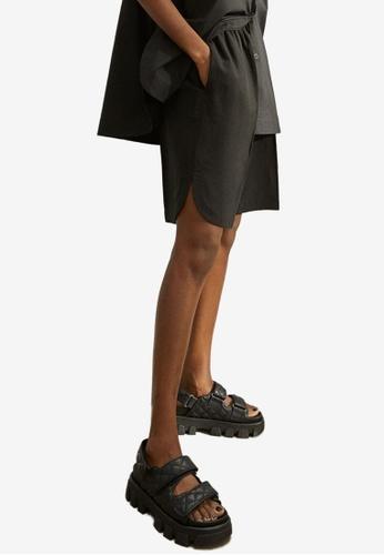 H&M black Lyocell-Blend Bermuda Shorts D9008AA7AB21D0GS_1