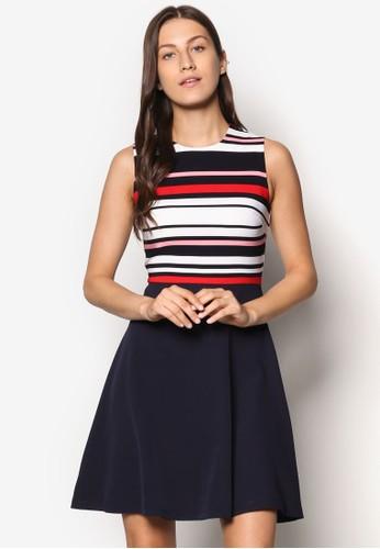 Collection 印花傘擺洋裝、 服飾、 洋裝ZALORACollection印花傘擺洋裝最新折價