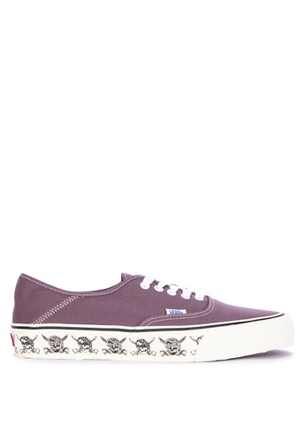 Vans purple Skulls Authentic SF Sneakers 01CB4SHAEBFB6AGS_1
