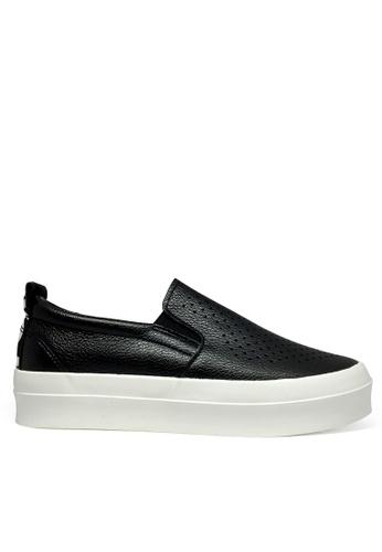 Twenty Eight Shoes black Love Breathable Slip-on TW446SH85CUGHK_1