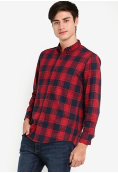 e896e97f5 ZALORA BASICS red and multi and navy Basic Checked Flannel Button Down Shirt  B853BAAAD2C167GS_1