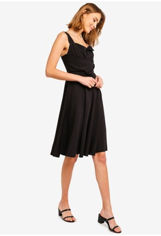 5b563ee73551 20% OFF ZALORA Bow Detailed Fit And Flare Dress RM 105.00 NOW RM 83.90  Sizes XS S M L XL