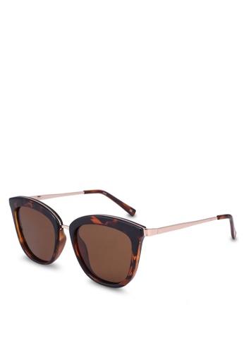 485c5bbd986 Le Specs brown Caliente 1802484 Sunglasses D4239GL692B6CFGS 1