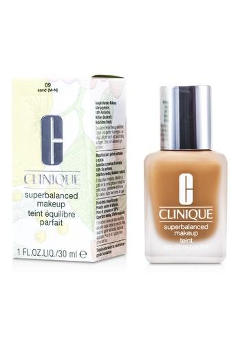 Clinique CLINIQUE - Superbalanced MakeUp - No. 09 / CN 90 Sand 30ml/1oz 3D6E2BECC4D2FBGS_1