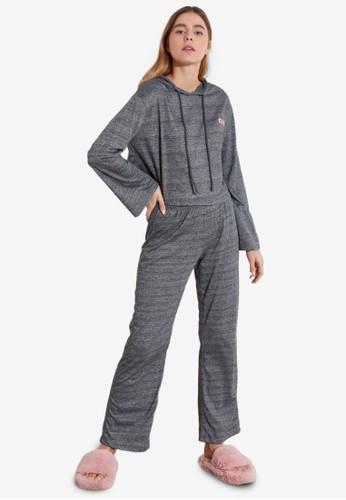 Trendyol grey 2-Piece Printed Hoodie Pajamas Set B7CA6AAA0A0EA1GS_1