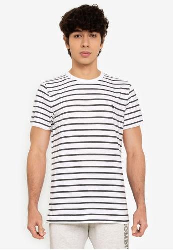 Abercrombie & Fitch white and multi Straight Hem Pattern T-Shirt B2F96AAC4DA4ACGS_1