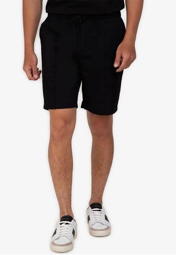ZALORA BASICS black Belted Chino Shorts 366DFAAFC37D3DGS_1