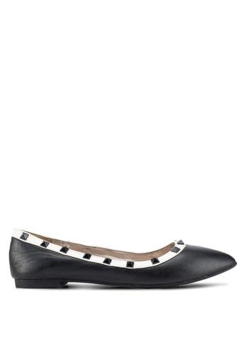 Carlton London 黑色 鉚釘平底鞋 12665SH68DBD35GS_1