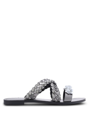 ZALORA silver Weaved Sliders with Embellishment 499B7SH65E7B41GS_1