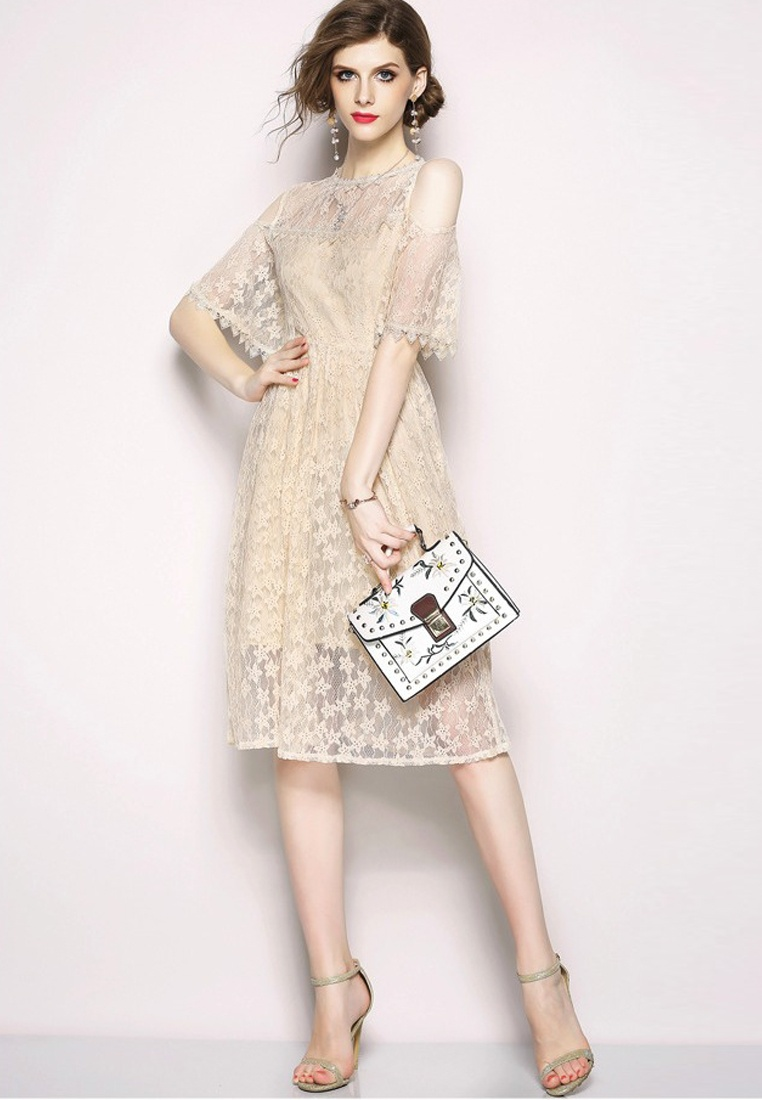 Beige Beige One Open Dress Sunnydaysweety New Lace CA071870BE Shoulder Piece 2018 vHC1qw7W