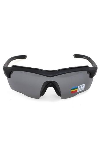 Hamlin grey Sunglasess Kacamata Sepeda Olahraga Polarized Unisex dengan 3 Lensa UV Protection Frame Material PC ORIGINAL - Gray FD5F7GLFE8D137GS_1