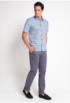 3a5ced0f60b 69% OFF BRITANIA Short Sleeve Modern Print Shirt Rp 439.900 SEKARANG Rp  135.900 Ukuran S M L XL