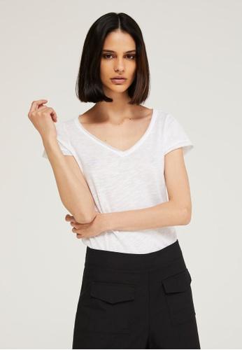 Sisley white V-neck T-shirt 288EDAA44DCD65GS_1