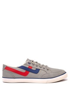 Freeman Lace up Sneakers