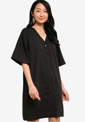 ZALORA BASICS black Oversized Button Down Dress 07B82AA9B8F9AEGS_1