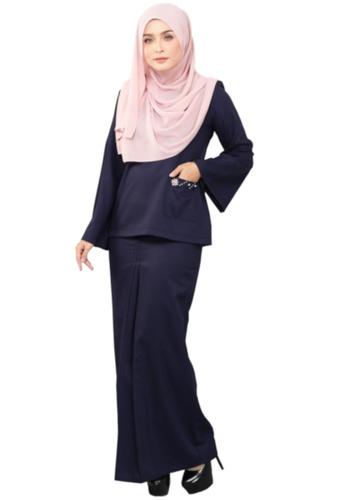 Kurung Kedah Fatimah (AEKKF03 Navy Blue) from ANNIS EXCLUSIVE in Blue