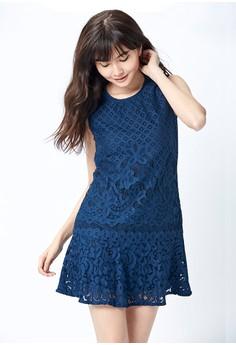 【ZALORA】 OUWEY歐薇 俏麗荷葉裙擺蕾絲洋裝