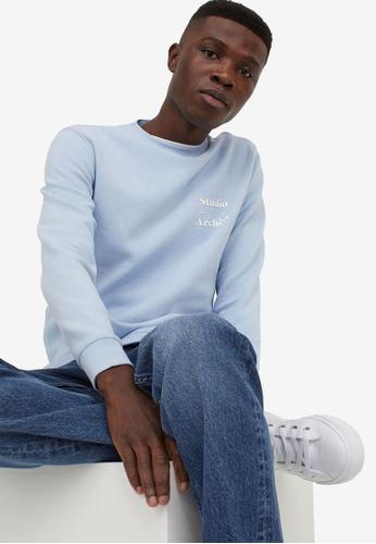 H&M blue and multi Text-Motif Sweatshirt EFE60AA8554670GS_1