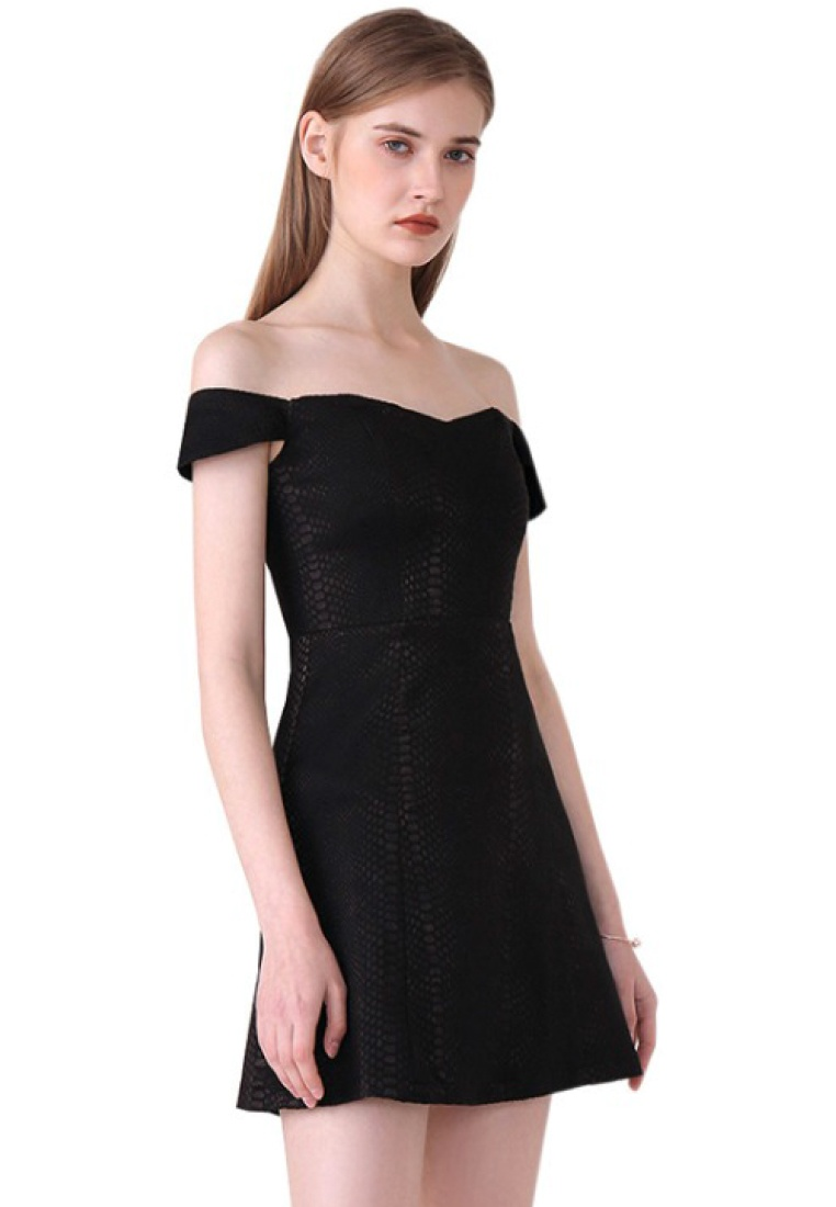Style Piece Black Off Black 2018 New Sunnydaysweety Dress One Sweetheart Shoulder A060419BK Htx1fwq