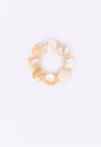 We Enjoy Simplicity brown Fresh Water Pearl Flat Ring (Brownish) 4B34AACDA59947GS_1