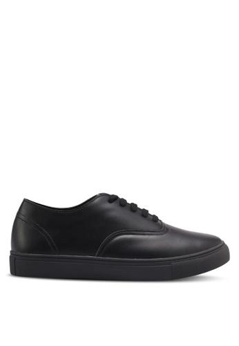 ZALORA black Classic Lace Up Sneakers 851F4SH0B7E30CGS_1
