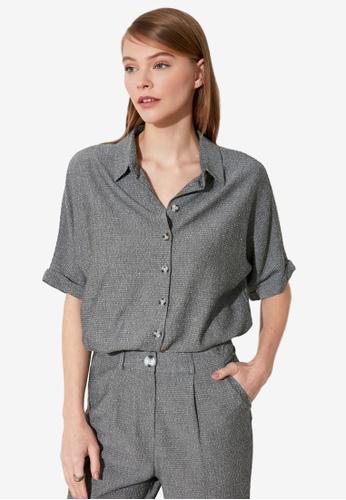 Trendyol grey Elastic Waist Cropped Shirt F0FCDAA84F9410GS_1