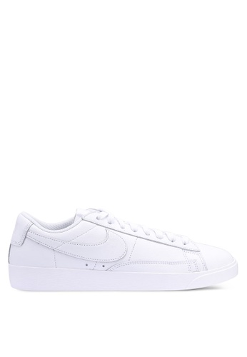 the latest fea0e 9c2b4 Nike Blazer Low Le Shoes