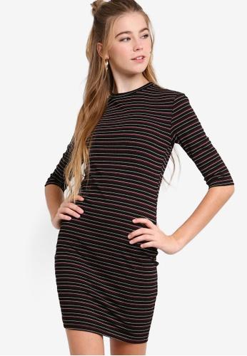 Something Borrowed black and red 3/4 Sleeves Bodycon Dress 5B78FAAFC860AEGS_1
