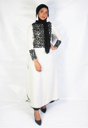 Zaryluq black and white Nidalace Dress in White Lily 2965AAAE35AEACGS_1