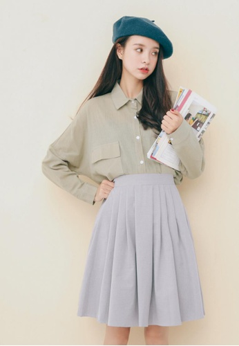 Shopsfashion grey Pleated Flare Mini Skirt in Grey SH656AA61PIKSG_1