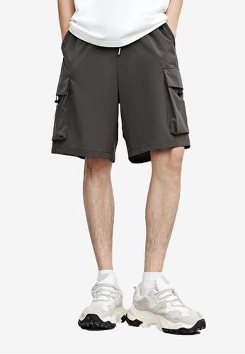 Urban Revivo grey Casual Shorts 233DEAA16CF1E2GS_1