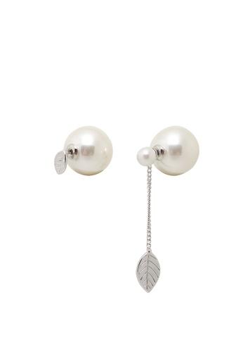 Jaysa Collection silver Avant Garde Matt Silver Leaf Asymetric Pearl Earrings JA875AC0GO8PSG_1