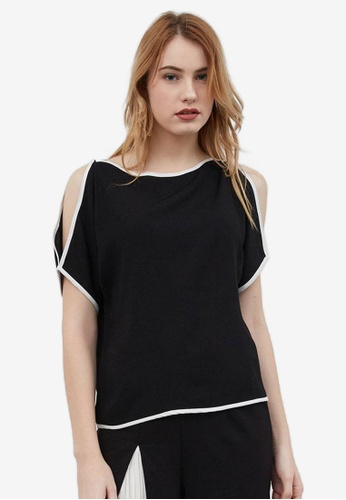 Berrybenka black Gytha Crepe Open Shoulder Top B493DAAC0871A3GS_1